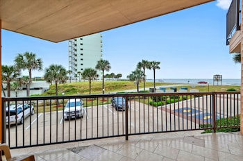 Ahoy Mateys 1 Br condo by RedAwning