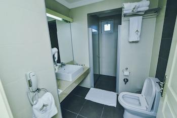 Qafqaz Sport Resort Hotel - Bathroom  - #0