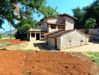 Aecolibrium - Country House
