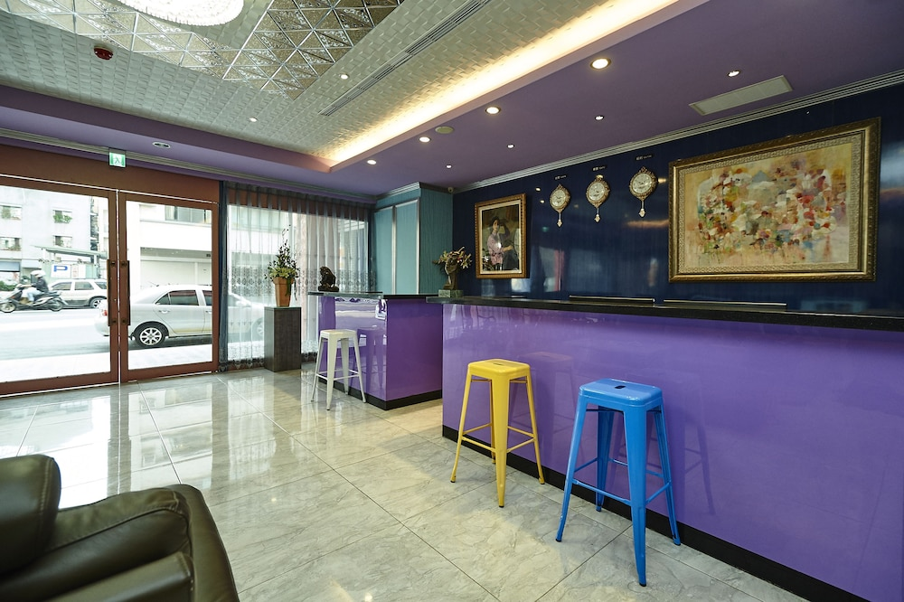 リリー ホテル (禮來大飯店)