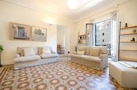 Apartment, 3 Bedrooms (Rambla Catalunya, 41)