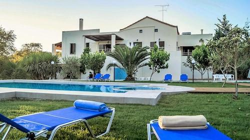 Nostos, Crete