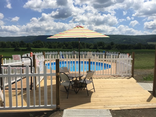 . Apple Inn and Suites Cooperstown Area