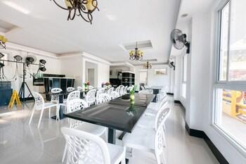 OYO 151 TIERRA MERCEDES NATURE RESORT Restaurant