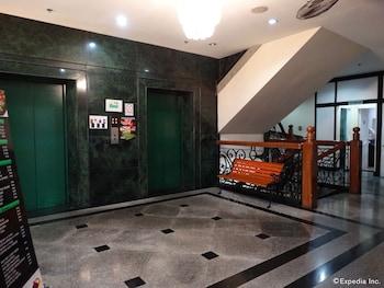 アーバン トラベラーズ ホテル