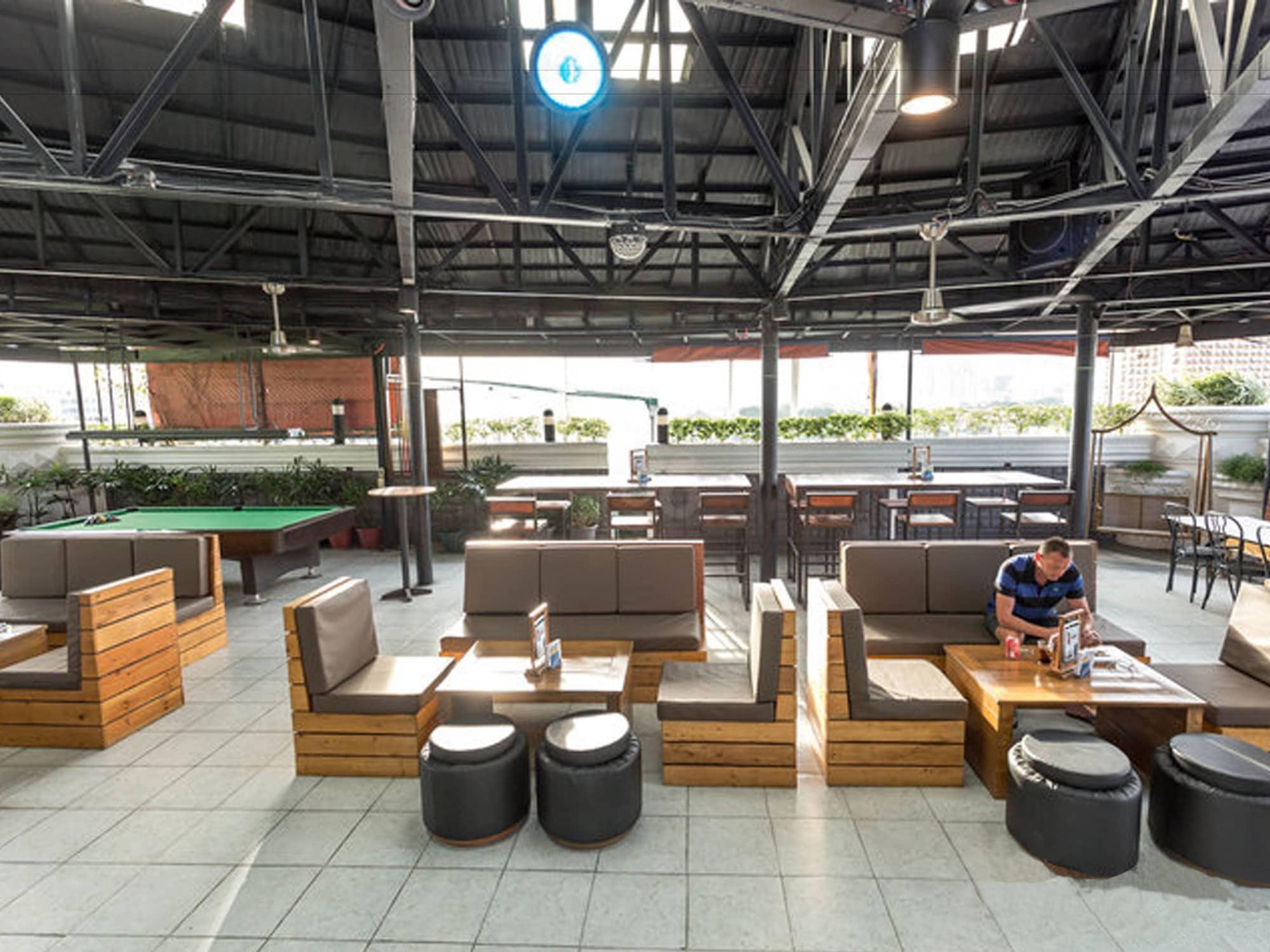 Urban Travellers Hotel, Pasay City
