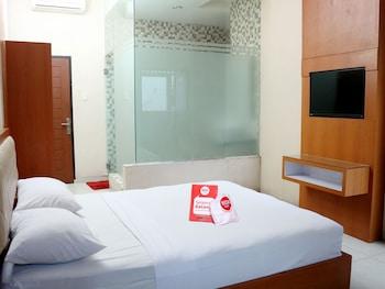 NIDA Rooms Pasar Buah Medan Tuntungan at Lonari Hotel - Featured Image  - #0