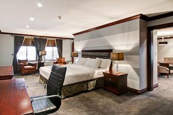 Hotels Near St. George Hall - Meeting Hall - 665 King St N RR 1 ...