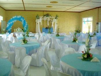 HISOLER'S BEACH RESORT Banquet Hall