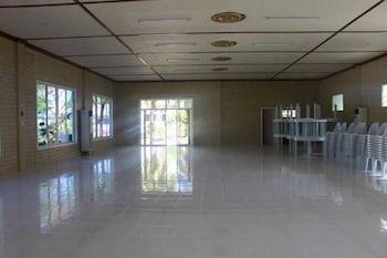 HISOLER'S BEACH RESORT Meeting Facility
