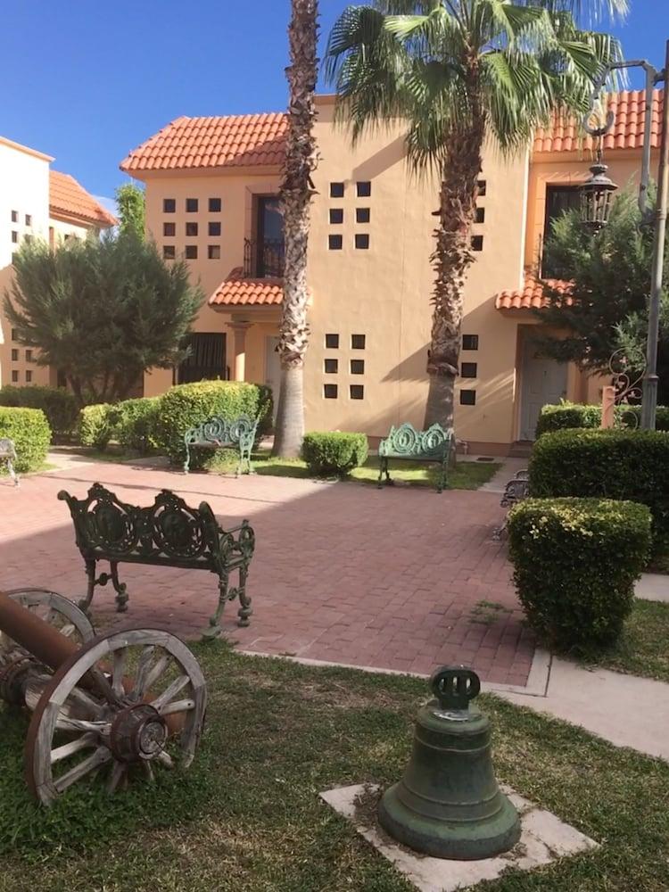 Hotel Suites Cervantes