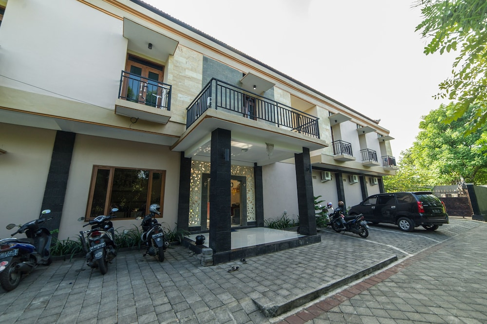 Airy Bukit Jimbaran Buana Sari 2 Uluwatu Bali