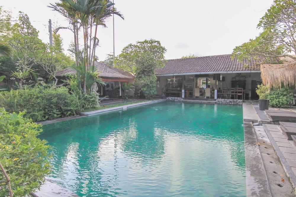 Airy Seminyak Kerobokan Umalas Klecung 38 Bali