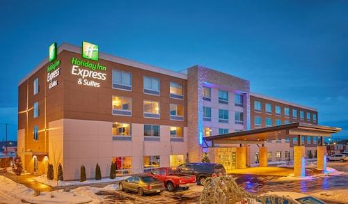 . Holiday Inn Express & Suites Hermiston Downtown, an IHG Hotel