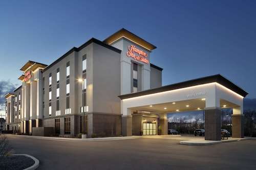 . Hampton Inn & Suites St. Louis/Alton