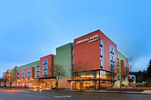 . SpringHill Suites by Marriott Seattle Issaquah