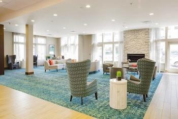 Lobby at Fairfield Inn & Suites Savannah Downtown/Historic District in Savannah