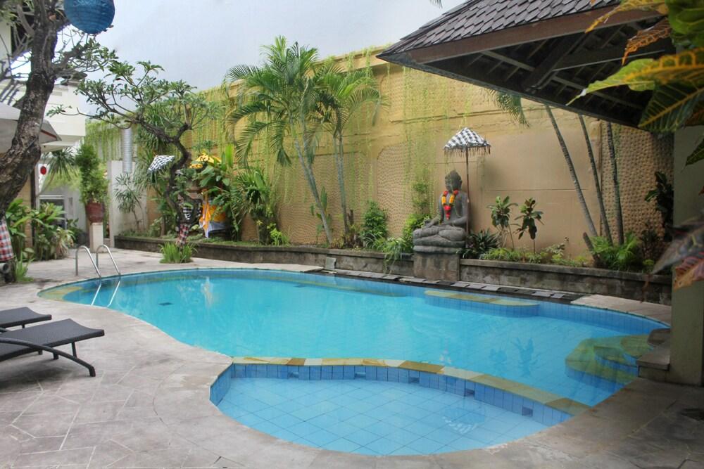 Airy Legian Melasti 36 Kuta Bali