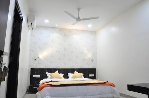 Hotel City Home, Ludhiana