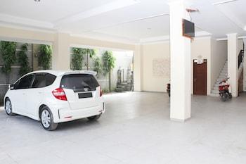 Airy Denpasar Selatan Tukad Petanu Gang Belibis 168 Bali - Parking  - #0