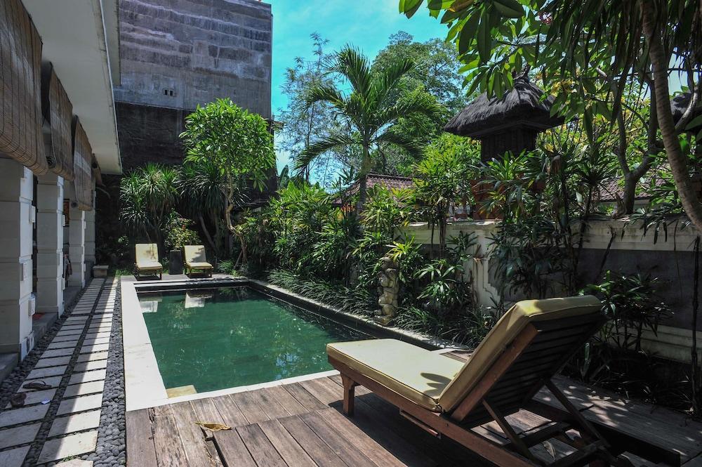 Airy Eco Seminyak Kerobokan Raya Gang Ky Meranti Bali