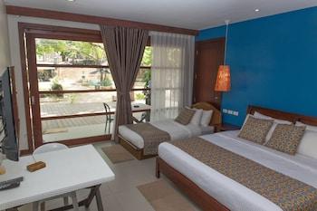 KARANCHO BEACH HOUSE Room