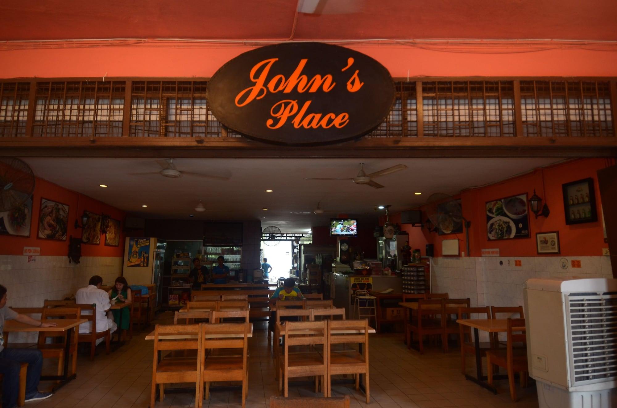 John's Place, Kuching