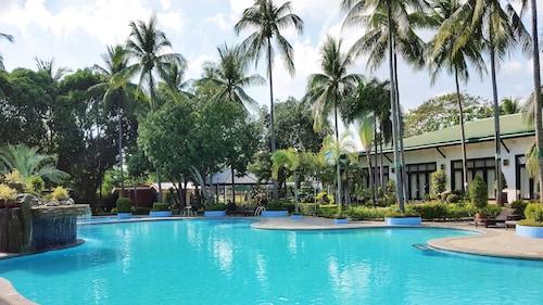 Batangas Country Club, Batangas City