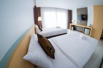 Chaisaeng Villa Hotel - Guestroom  - #0