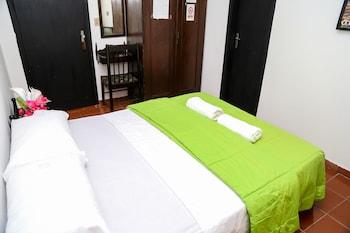 Costanera Hostel Asuncion - Guestroom  - #0