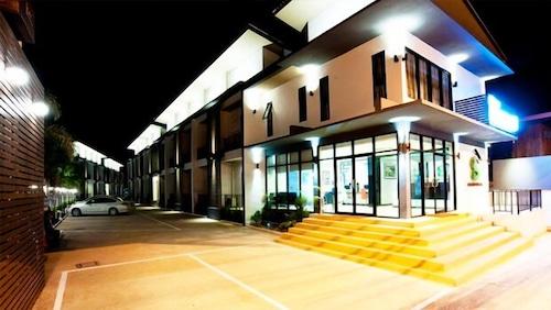 . Siam Grand Hotel