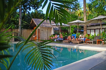 LAST FRONTIER BEACH RESORT - ADULTS ONLY Pool