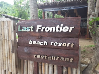 LAST FRONTIER BEACH RESORT - ADULTS ONLY Exterior detail