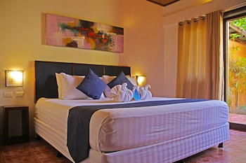 LAST FRONTIER BEACH RESORT - ADULTS ONLY Room