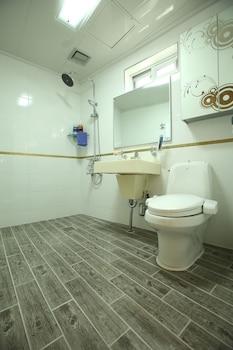 Haesung Parktel - Bathroom  - #0