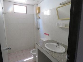 Malee House and Restaurant - Bathroom  - #0