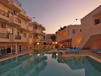 卡斯特羅比安哥公寓飯店