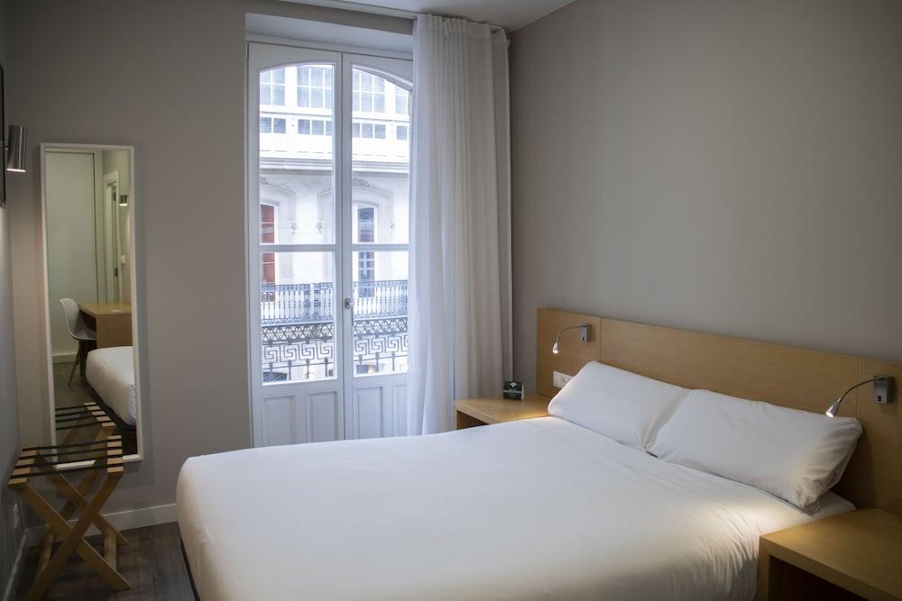 Hotel Hostal Alborán