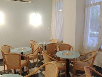 アレース アテネ ホテル