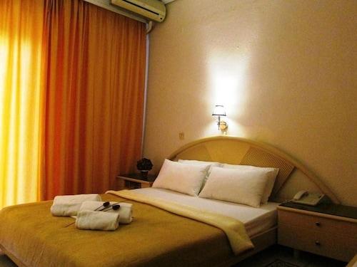 . Lito Hotel
