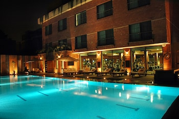 Hotel - The Residency Hotel
