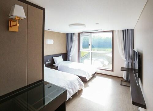 Jeju Stay in Seongsan Hotel, Seogwipo