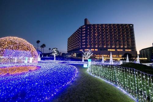 . Shirahama Coganoi Resort&Spa