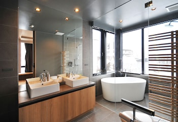 Matthew Suites - Bathroom  - #0