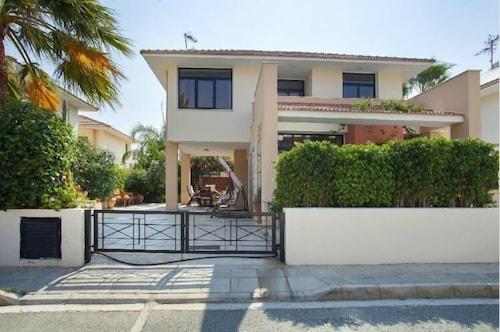 Villa Enalos 37