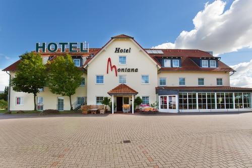 . Hotel Montana Lauenau