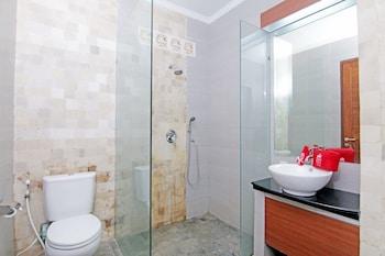 ZEN Premium Ubud Pengosekan 2 - Bathroom  - #0