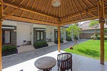 ZEN Rooms Jimbaran Merajapati - Porch  - #0
