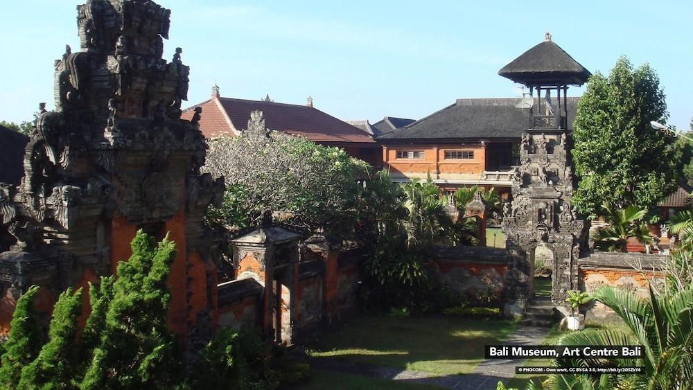 ZEN Rooms Denpasar Gelogor Carik 2