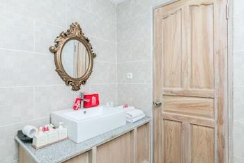 ZEN Rooms Seminyak Umalas Kauh - Bathroom  - #0